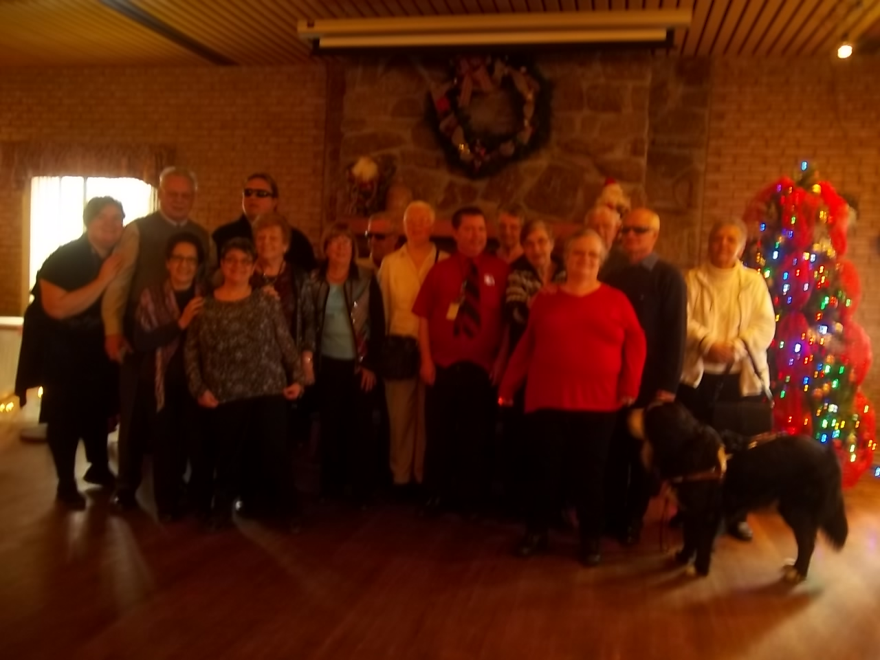 Groupe qui a participé au dîner de Noël qui a eu lieu le 11 décembre 2016 au Chalet du ruisseau situé à Mirabel.