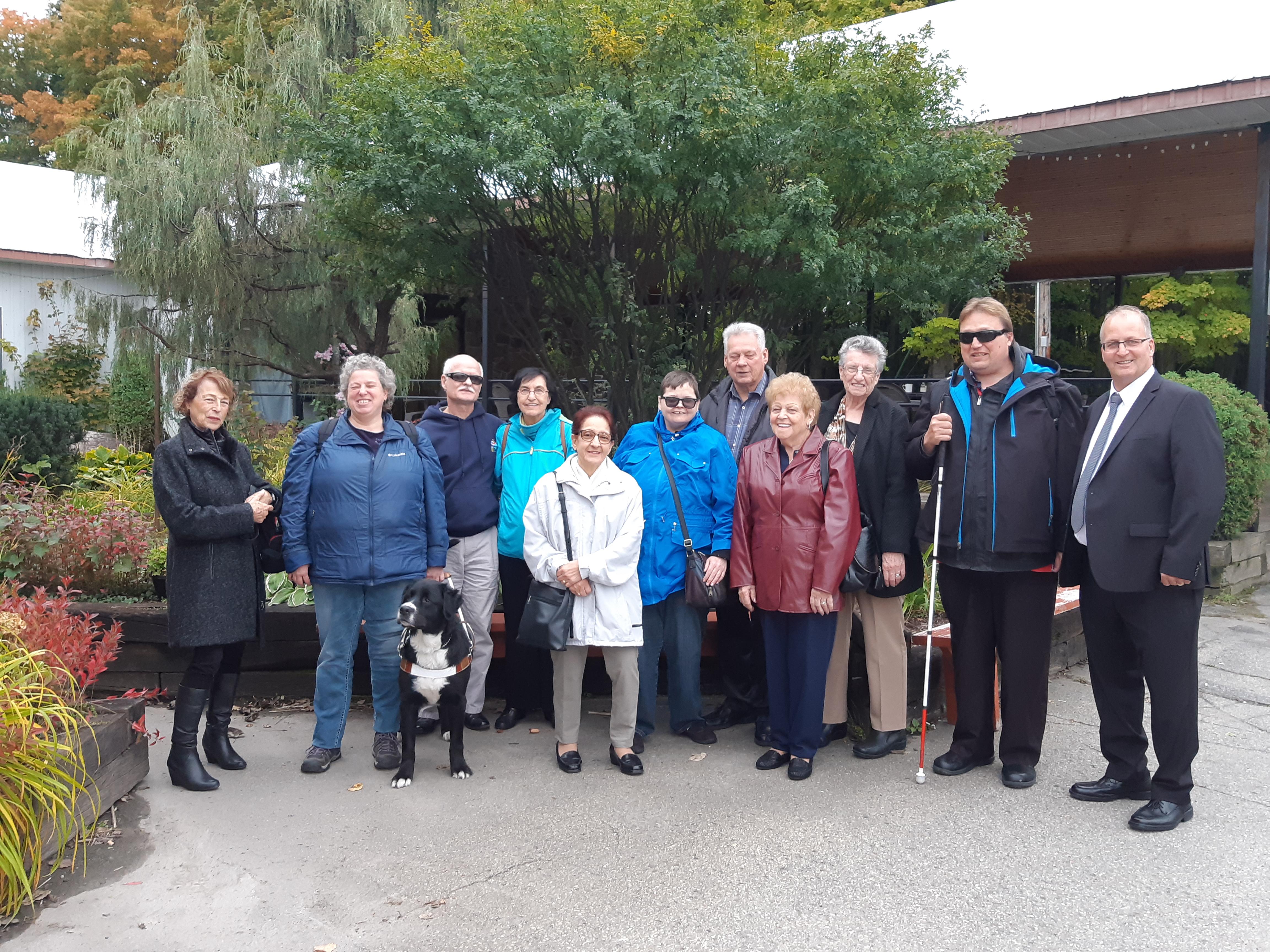 Groupe qui a participé à un souper suivi d'une soirée dansante qui a eu lieu le 6 octobre 2018 au Chalet du ruisseau situé à Mirabel.