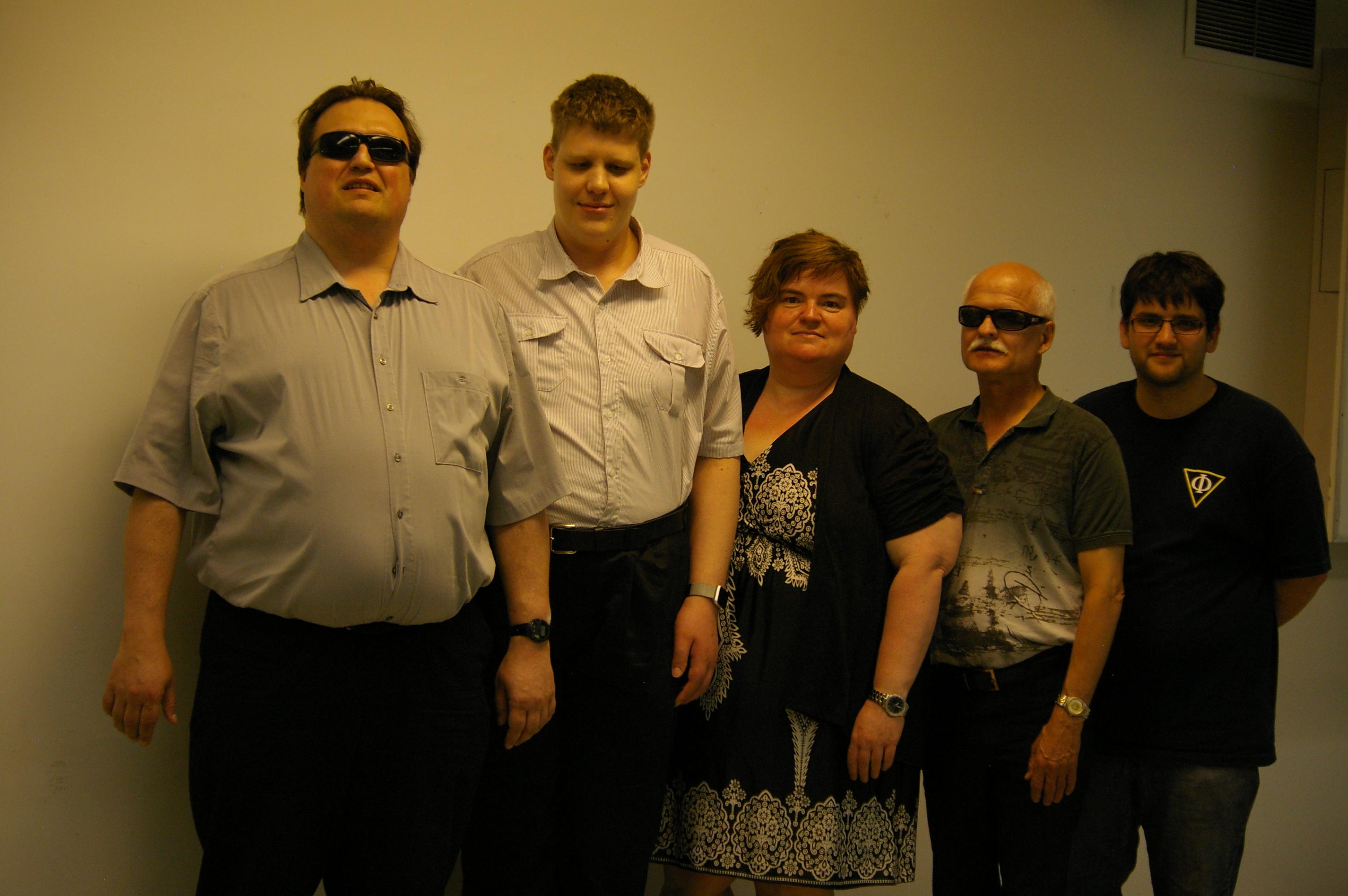 Membres du conseil d'administration pour l'année 2016-2017. Martin Morin, Alexandre Bellemare, Josée Blanchette, Antonin Plante et Godefroy Borduas.